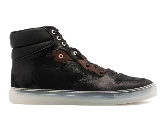 e09354a0d140 Balenciaga Fall Winter 2011 Sneakers
